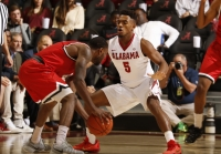 Crimson Tide basketball team shakes off slow start to roll past Ball State (via Crimson Magazine)