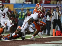 No. 1 Crimson Tide clinches playoff spot with 54-16 SEC Championship triumph over Gators (via Crimson Magazine)