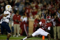 Despite lackluster effort, No. 1 Crimson Tide rolls past Mocs 31-3 (via Crimson Magazine)